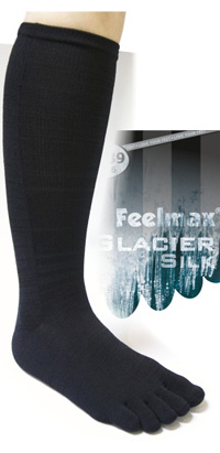 Feelmax Glacier Silk adds a layer of warmth under your socks without adding bulk. The Glacier Silk is a unique liner sock with Coolmax fiber against the skin for effective wicking.